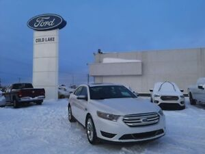 2017 Ford Taurus LIMITED, NAVIGATION, MOONROOF, ALL WHEEL DRIVE