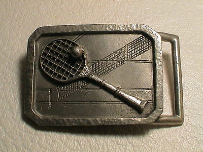 TENNIS SHOWING RACKET BALL & NET ON A COURT MENS PREOWNED METAL BHS BELT BUCKLE  for sale  Shipping to India