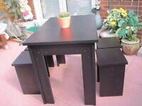 Black Table with 4 Black Stools - - - £ 30 - - -