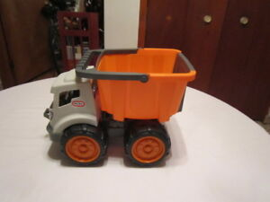 Camion benne Little tikes, 33 cm long