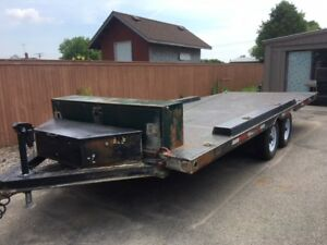 Hydraulic Tilt and Load Trailer with Winch