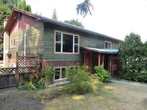 Clean, Quiet Home in Slocan City for Rent