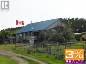 R32//RM of Oakview/country retreat 1740' bungalow ~ by 3% Realty