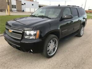 "2012 Chevrolet Suburban LT *Leather/Sunroof/22"" Wheels*"
