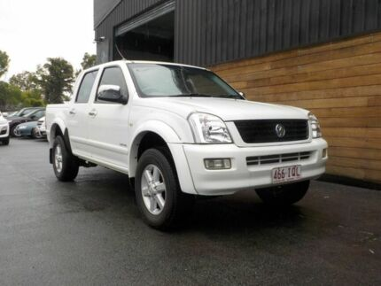 2004 Holden Rodeo RA LT Crew Cab 4x2 White 4 Speed Automatic Utility Labrador Gold Coast City Preview