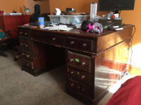 2 person Desk Large For Free.