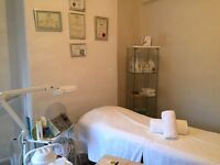 FULLY QUALIFIED MOBILE BEAUTY THERAPIST OFFERING TREATMENTS INC WAXING, ELECTROLYSIS, MASSAGE ETC