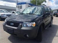 2006 Ford Escape XLT V6 AWD, Accident Free, Leather, Sunroof!