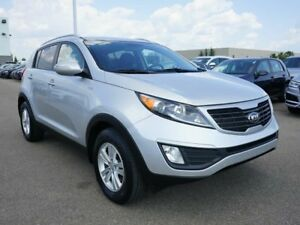 2013 Kia Sportage 2.4L LX AWD at | Metallic Paint Charge