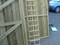 TRELLIS & POST CAPS FOR FENCE POSTS