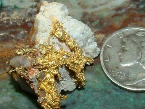 NATURAL CALIFORNIA GOLD QUARTZ SPECIMEN GOLD IN QUARTZ  6.88 GRAM