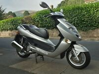 Kymco 250 cc motorscooter for sale