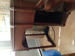 beautiful sewing table, antique and different with storage
