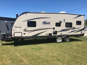 2015 COACHMEN 271 BL TOY HAULER