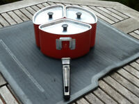 TRIPLE PAN SET SPACE SAVER SAUCEPAN BY MEYER. COLLECTION ONLY.