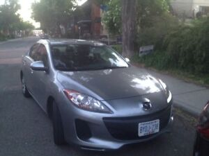 Mazda 3 Sedan - Perfect Condition, winter tires included