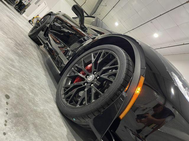 2016 Black Chevrolet Corvette Z06    C7 Corvette Photo 6