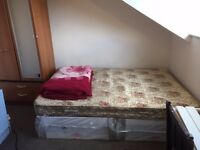 spare single room tolet in 5 bed house - abbeydale road S7 1FS 140/month