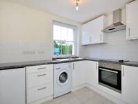 2 bedroom flat in Finchley Road, St Johns Wood, NW8