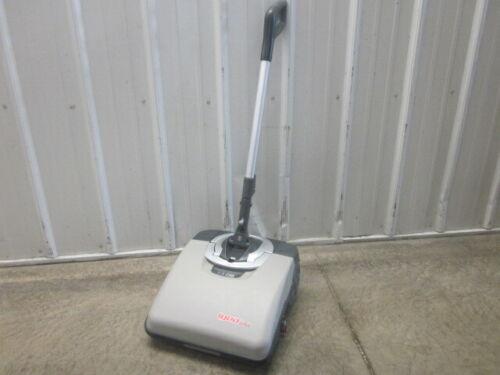 """Brand New!!!! Comac Igea 14"""" Scrubber"""