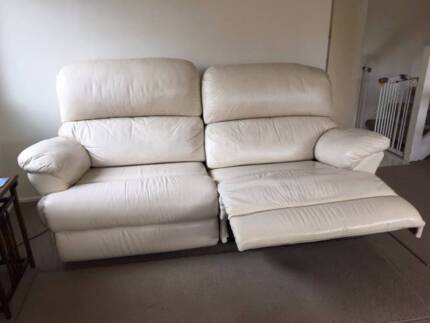 Leather lounge (2 recliners) & chair (1 recliner)