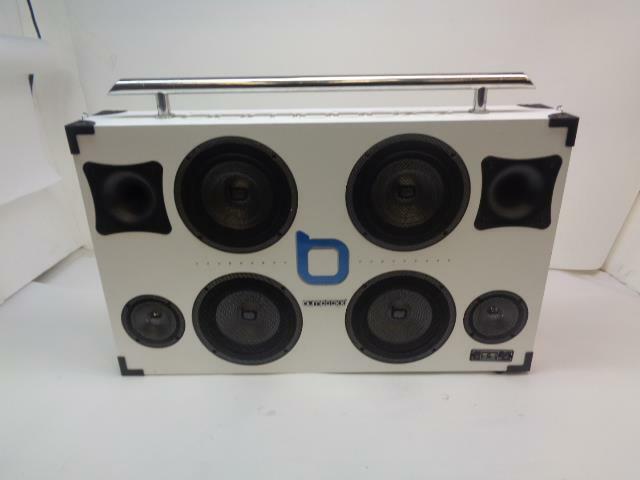 NEW BUMPBOXX UPROCK V1 PORTABLE BOOMBOX SPEAKER SR