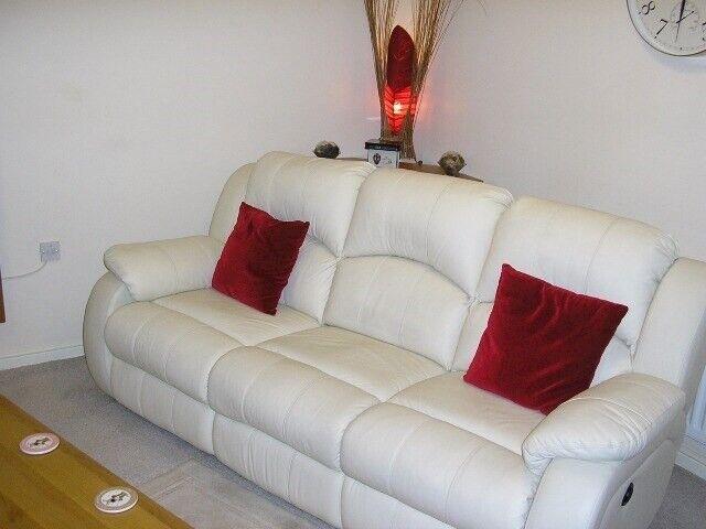 Prime Electric 7Ft Long Italian Leather High Back Sofa In Ivory For Salefinal Price In Almondsbury Bristol Gumtree Evergreenethics Interior Chair Design Evergreenethicsorg