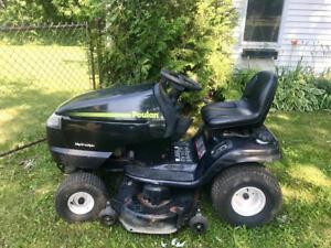 Tondeuse Tracteur Poulan $800