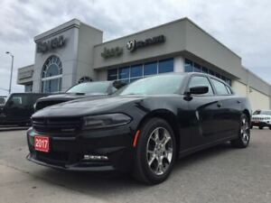 2017 Dodge Charger SXT   AWD   Sunroof