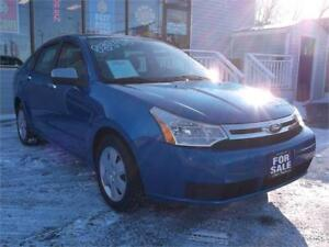 2010 FORD FOCUS SE * ONLY 110,000 KMS * LIKE NEW * GAS SAVER *