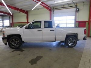2014 Chevrolet Silverado 1500 2WT 4x4 Loaded 4x4