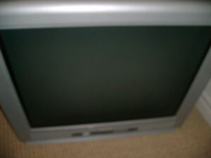 """CRT Television - 27"""" screen"""