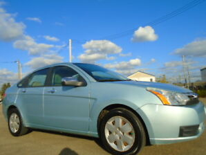 2009 Ford Focus SE--WITH WINTER/SUMMER TIRES--ONLY 125,000KM