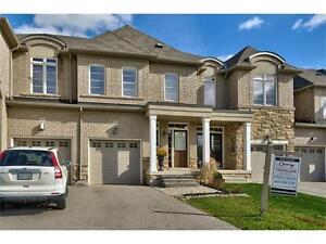 Newer Townhome in Westmount for Rent!