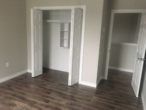 BEAUTIFUL SPACIOUS DETACHED HOUSE-NORTH END HALIFAX-AV APRIL 1ST