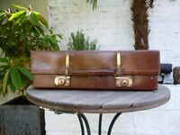 Vintage revelation Expanding Suitcase
