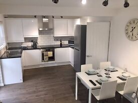 PL5 Refurbished Professional House - double rooms - from £90 - £100 per week