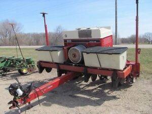 CIH cyclo  corn planter