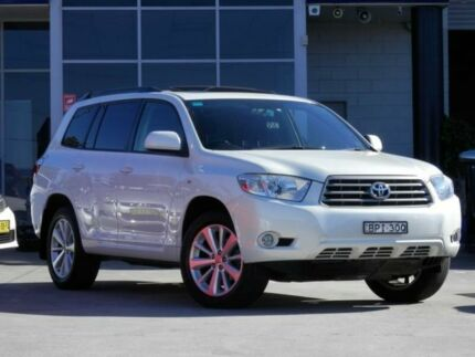2010 Toyota Kluger GSU40R Altitude (FWD) 7 Seat White Pearl 5 Speed Automatic Wagon Kingswood 2747 Penrith Area Preview