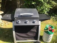 Sahara 3 burner gas barbecue with gas bottle and valve attachment