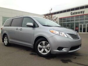 2017 Toyota Sienna 5DR LE 8-PASS FWD