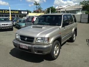 2001 Holden Jackaroo U8 MY00 SE Gold 5 SPEED Manual Wagon Greenslopes Brisbane South West Preview