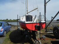 LEISURE 17,BILGE KEEL SAILBOAT,5HP MARINER O/B,MAIN AND FORESAIL ROLLER REEFING,ROAD TRAILER ETC.