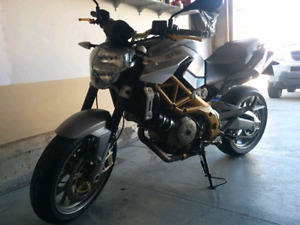 2008 Aprilia Shiver 750 very low KMS, 2nd owner, Rare bike