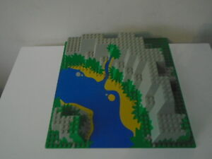 Lego Raised 3D Canyon Base Plate 6024 River Green  Blue - VERY GOOD CONDITION