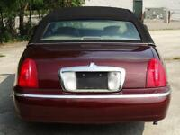 Miniature 6 Voiture American used Lincoln Town Car 2000
