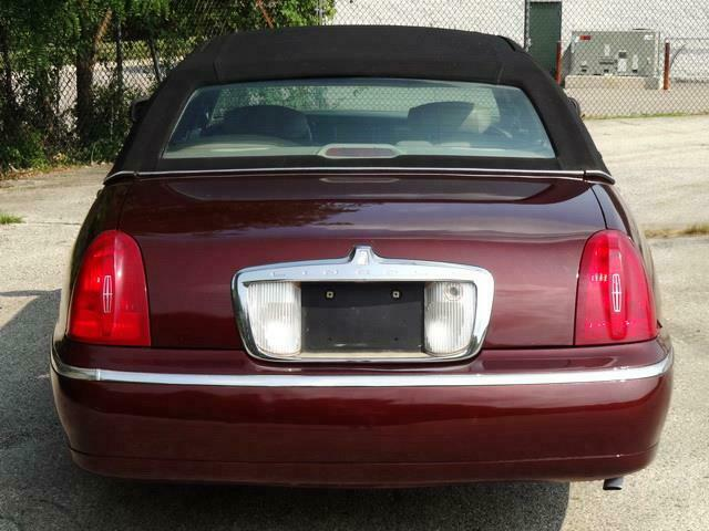 Image 6 Voiture American used Lincoln Town Car 2000