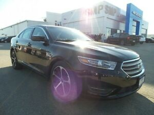 2014 Ford Taurus SEL AWD, heated seats, rem. start, back up cam,