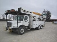 2004 Freightliner M2 BUSINESS CLASS T/A BUCKET TRUCK - Woodstock Ontario Preview