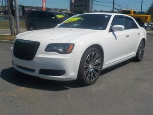 2014 Chrysler 300 S WITH NAVIGATION